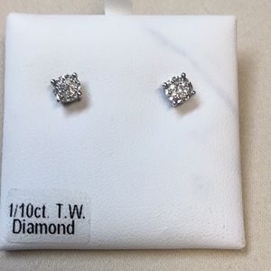 1/10 ct T.W. Diamond Ear Rings